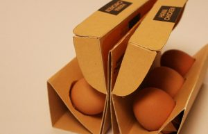 kurmalı yumurta kutusu